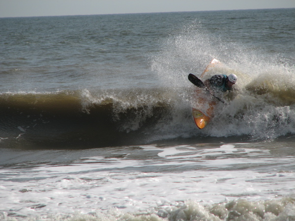 "Hall ""slashes the lip"" in Jacksonville FL at the 2009 US East Team Trials"